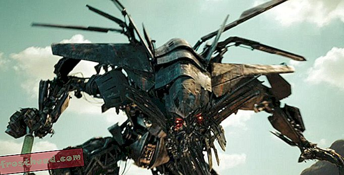 artikler, hos smeden, blogs, omkring indkøbscenteret - National Air and Space Museum Cameos in Transformers Sequel