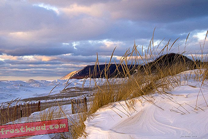 smithsonianmag.com, viajes, estados unidos, michigan - Sleeping Bear Dunes National Lakeshore